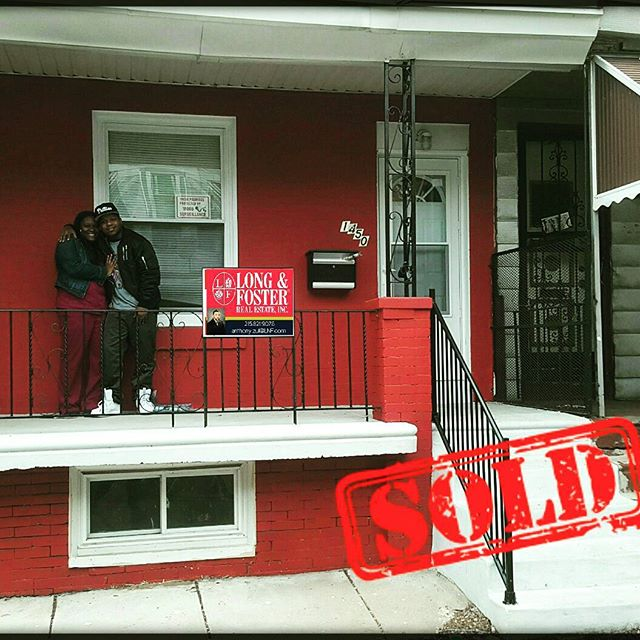 Congrats to the happy new homeowners! It took a bit, but we eventually found and settled on this hidden gem in West Philly!  #UrbanRealtor #Realtor #RealEstate #LnF #LongAndFoster #TeamToll #Philly #Philadelphia #AZRE #AnthonyZul #NewHome #Buyers #WestPhilly #Sold