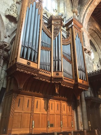 Selby Organ 1.jpg