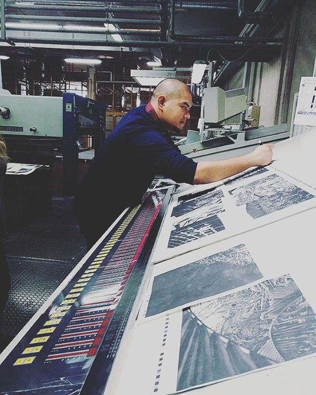 Throwback Thursday to  @veejayvillafranca signing off the final run for his first book SIGNOS at EBS.  We are getting ready for the SIGNOS pre-sale! Only 700 copies printed and sure to sell out quick. Abangan... #signos #veejayvillafranca #climatechange #philippines