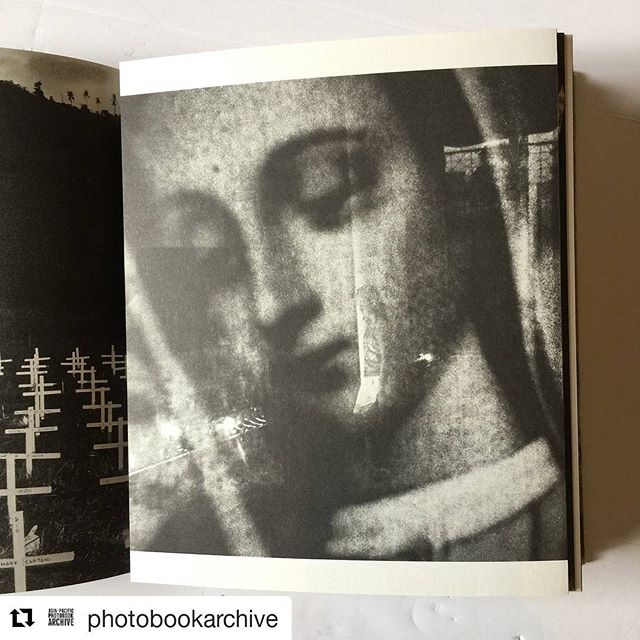 Repost from the Asia Pacific @photobookarchive ・・・ Totally in love with @vjvillafranca's book 'Signos'. Published by @mapabooks - I wanna go do my best books of the year list over again 😢. Congrats to MAPA & book designer @teunvdh. ❤️📕📷 #veejayvillafranca #mapabooks #philippines #typhoon #haiyan #photobook