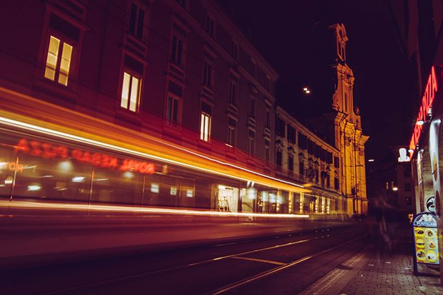 Our creative director for @kunstallee_annenversum  asked for some lightpainting pics of the Annenstraße for our flyers and as her assistent I went out with my tripod and gave it a shot. Yes pun intended. First time I did long exposures like that - usually I'm too lazy to carry around a tripod. But yeah I'm kinda pleased with the results and so were the rest of our creative team. So they asked me if I want a whole shopping window to display some of my photos. Our exhibition takes place for a whole month in shopping windows all along a (previously famous but now declining) shopping road. So this art project is great cause it combines reviving places, involving the community and all this through art. So YEAH I love to be part of this.  I had great talks with shop owners and enjoy all the organizing stuff and now getting the chance to display some of my own art is just the cherry on the cupcake
