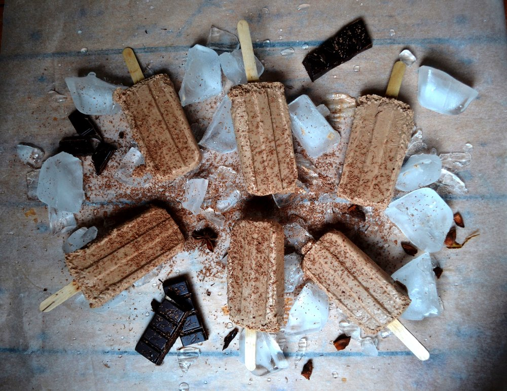 Vegan chilli chocolate lollies | The Flourishing Pantry | yeast free diet