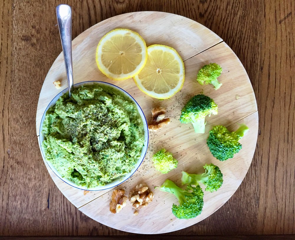 Broccoli and walnut pesto | The Flourishing Pantry | yeast free diet