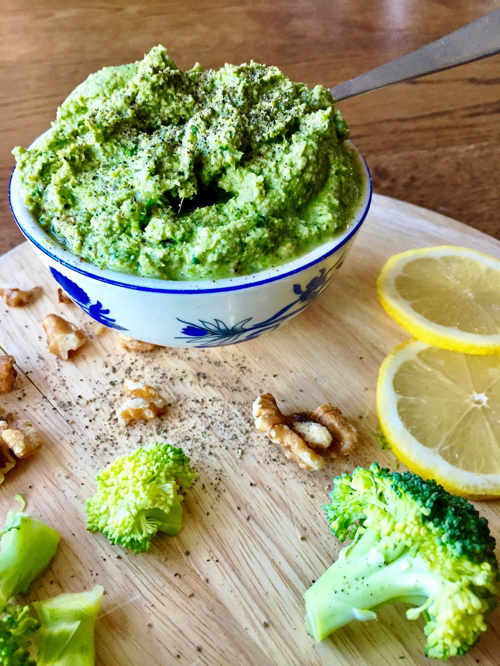 Broccoli walnut pesto | The Flourishing Pantry | yeast free diet