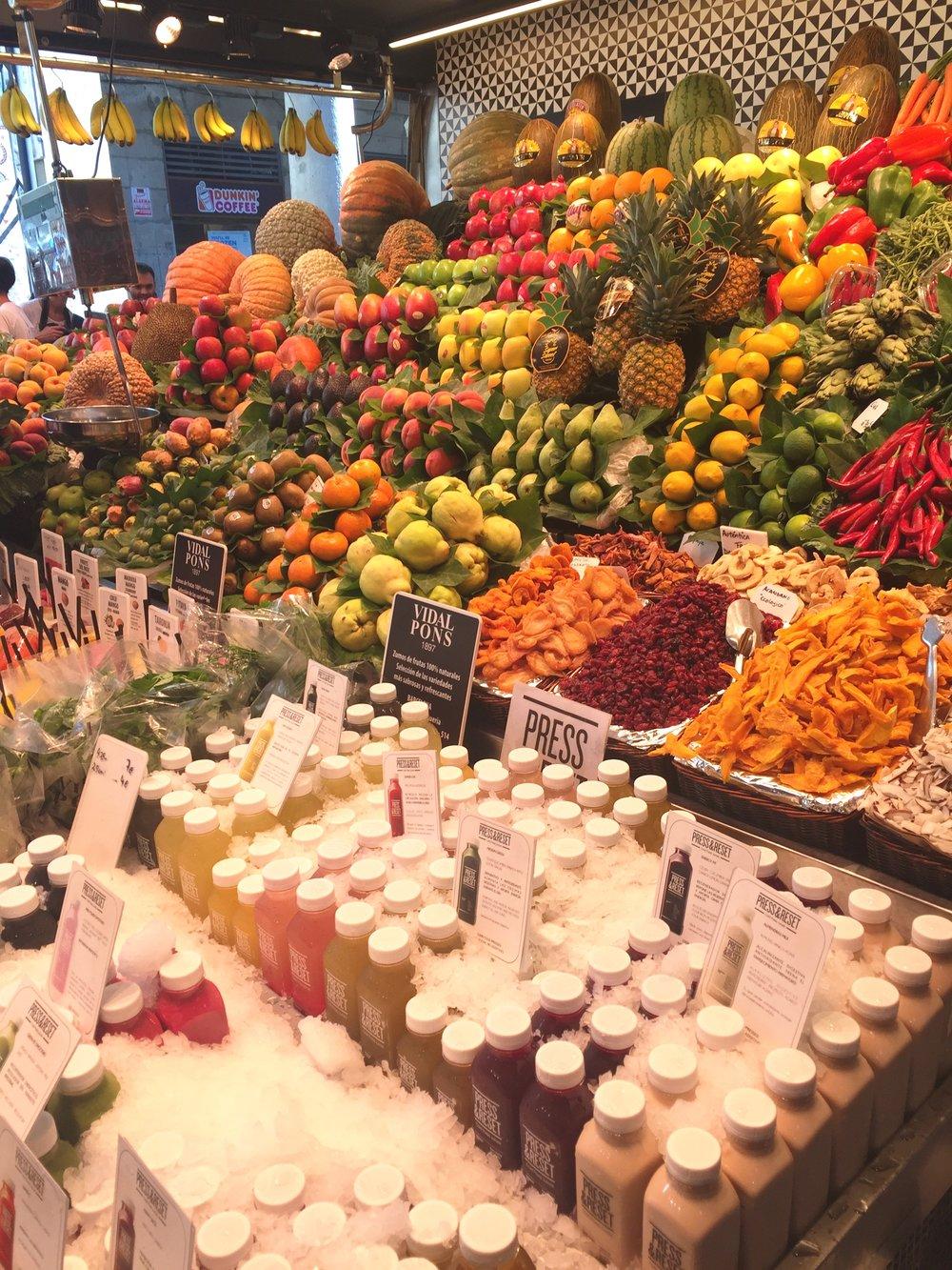 Hellloooooo fruit! Plentiful in Barcelona's Mercat de Sant Josep de la Boqueria