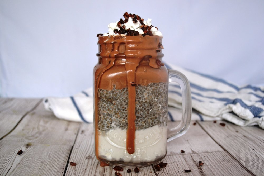 Things I know. How to make a Coyo chia pudding.