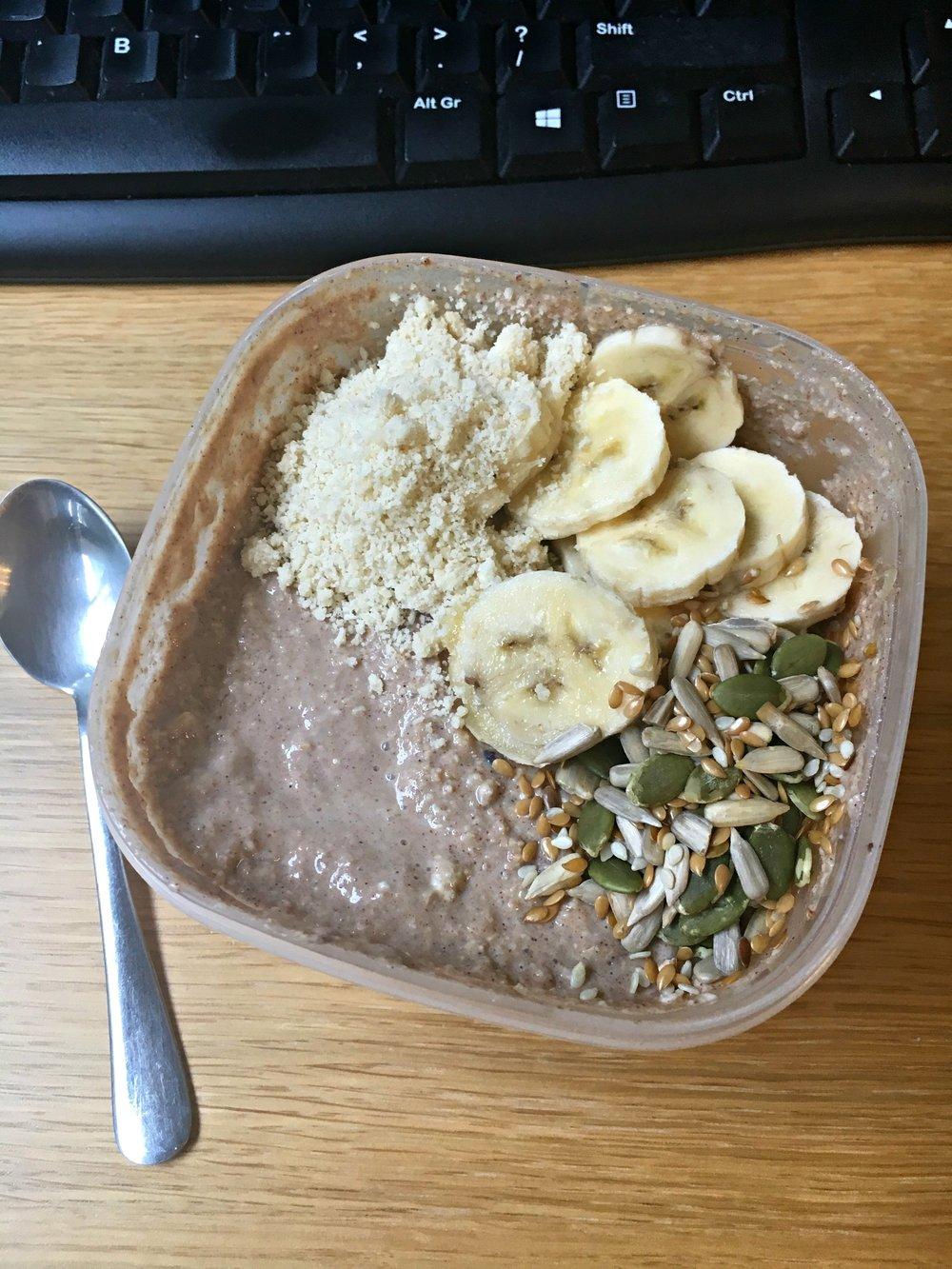 08 Breakfast banana oats.jpg