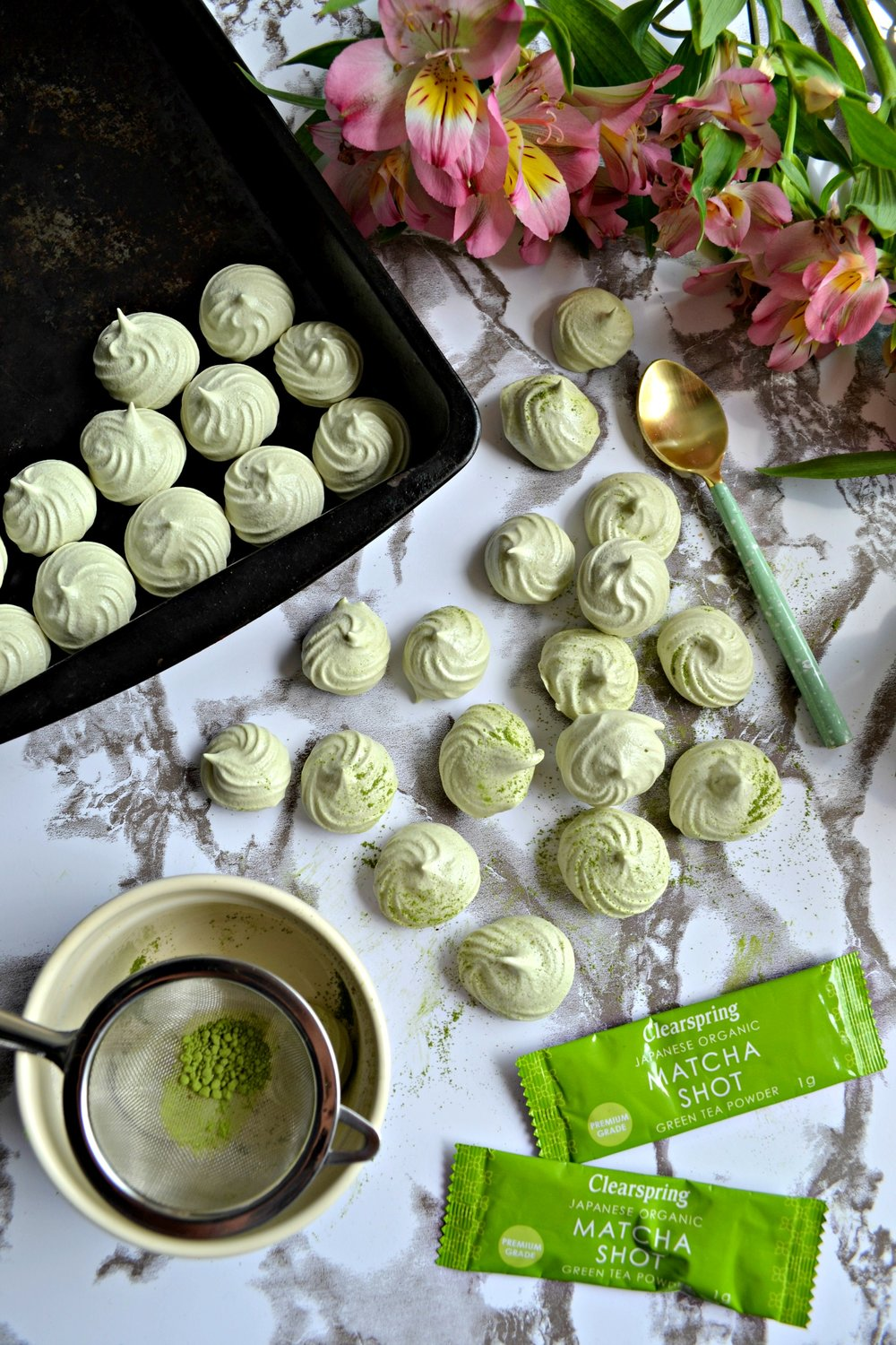 Matcha meringues | The Flourishing Pantry