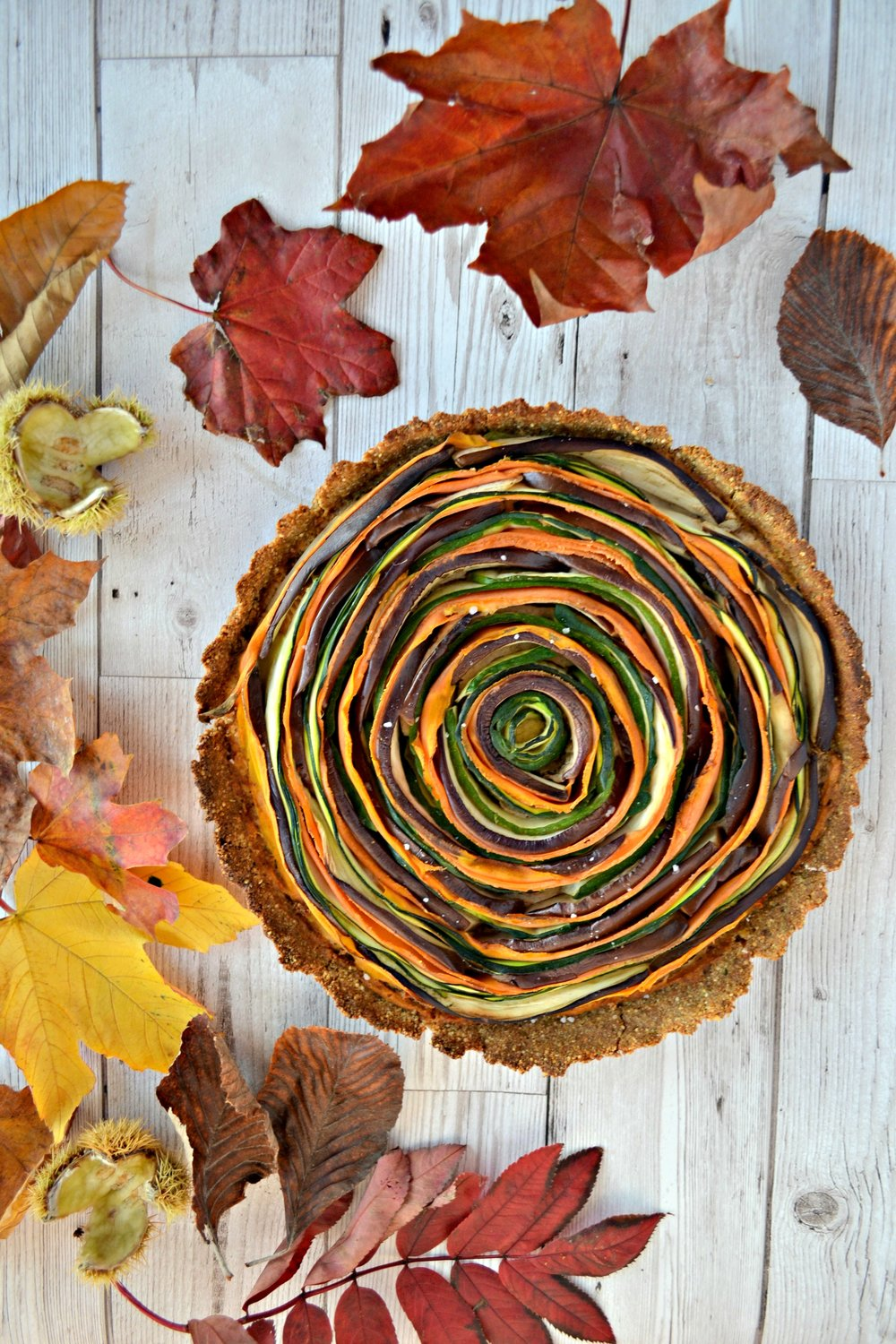 Spiral vegetable vegan tart