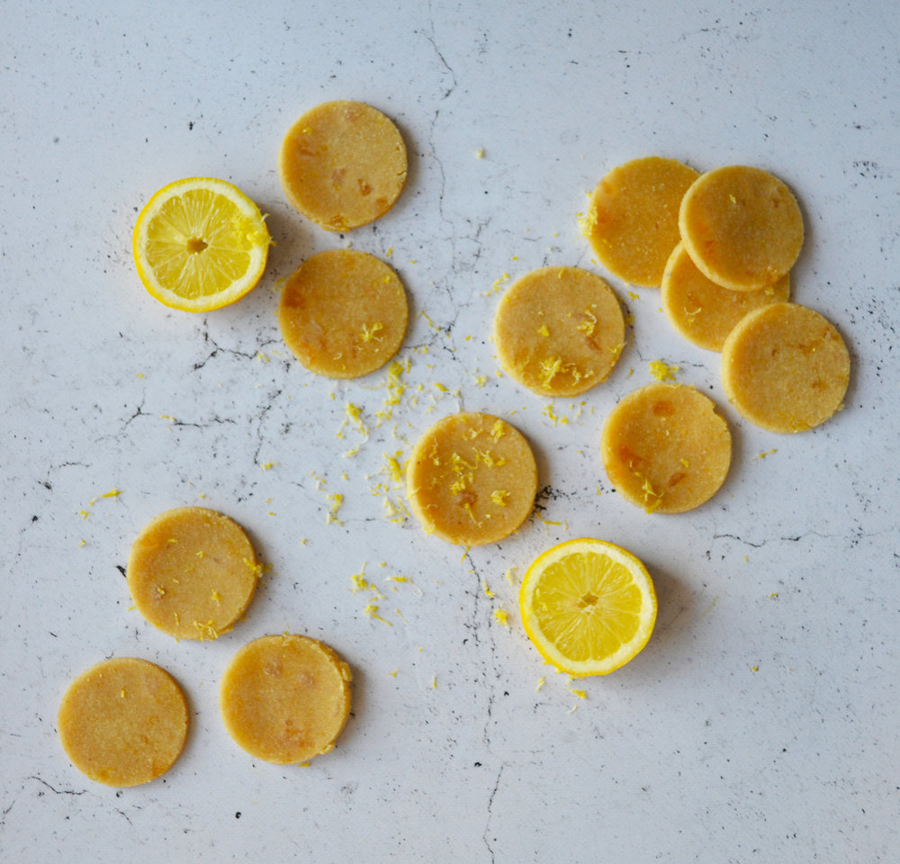 Lemon and ginger raw cookies | The Flourishing Pantry