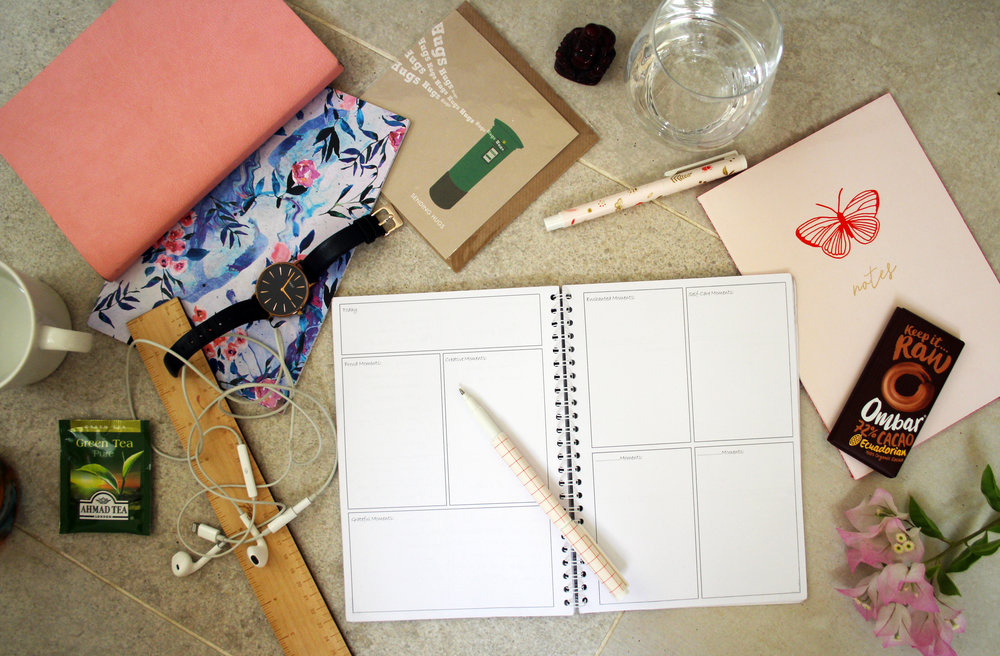 How to write a moments journal | The Flourishing Pantry