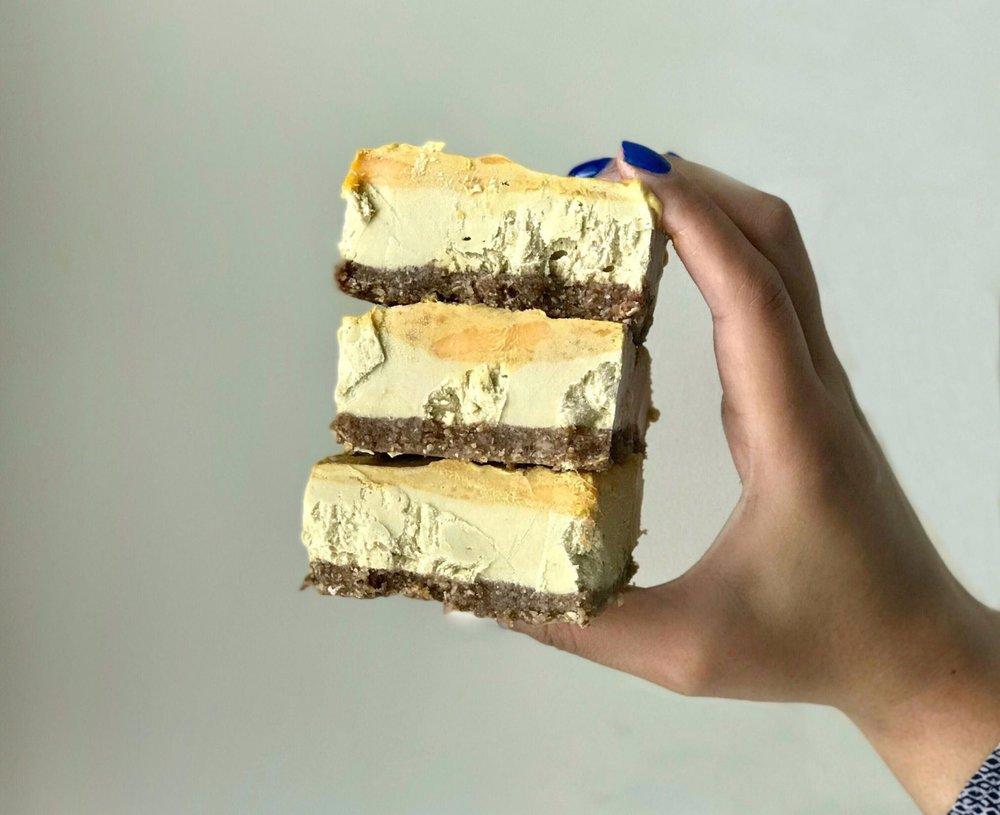 Mango-Cheesecake-Bars-2936778191-1529872183499.jpg