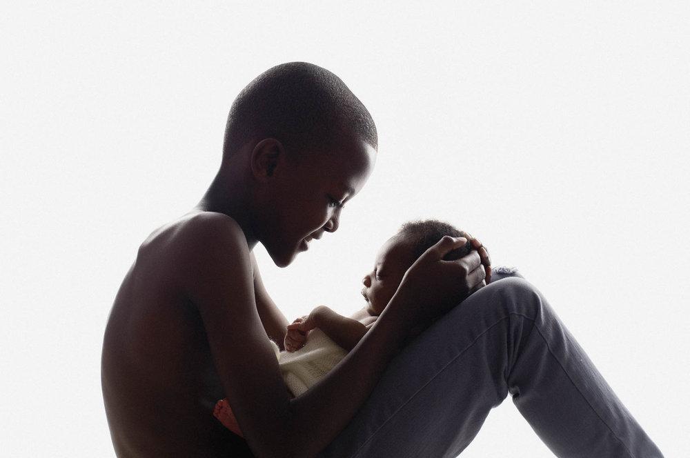 artistic newborn photography