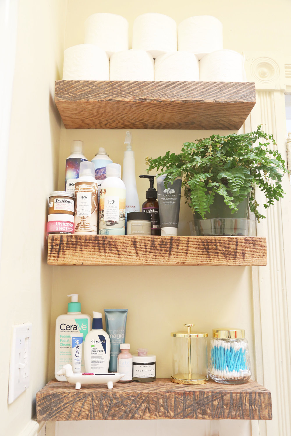 Bathroom Shelving | Open Shelving | Storage Solutions | ARSENIC-LACE.COM | Sunday Kind of Love