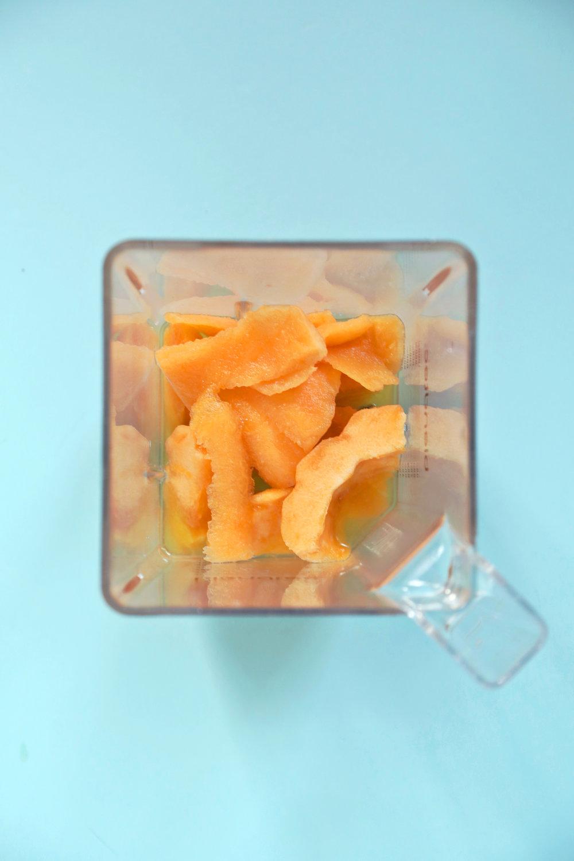 Frozen Cantaloupe Daiquiri | ARSENIC-LACE.COM | Summer Cocktails | Frozen Drinks | Rum