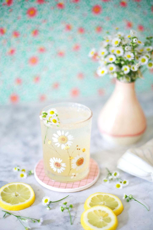 Chamomile Elderflower Collins | A Beautiful Mess | ARSENIC-LACE.COM | Sunday Kind of Love