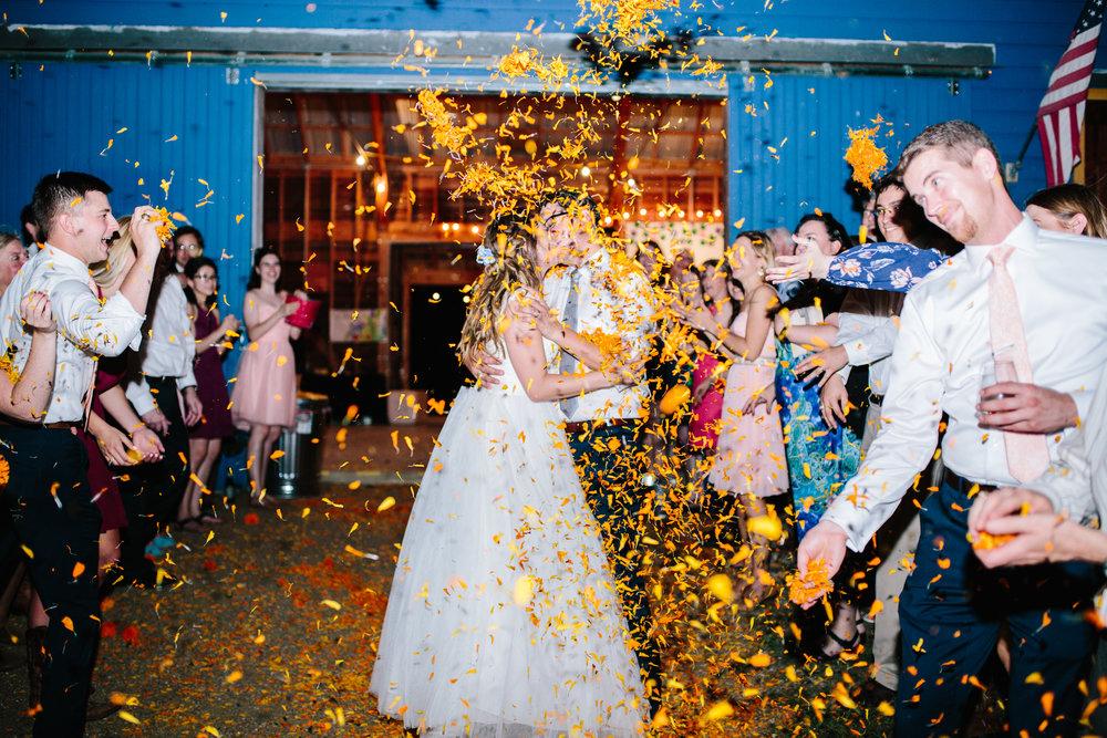 Corpus Christi Bride & Groom I Lauren Rathbun Photography l4 www.avenueievents.com.jpg