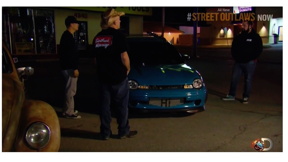 Street Outlaws - Farmtruck and Azn Fish a Neon — Eric