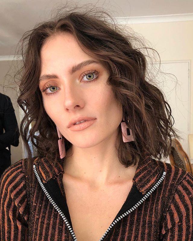 MOOD 💕 #Repost @nishavanberkelmakeup ・・・ BTS💥@oliviakthornton with amazing team @victorado @elystonhaydenhair @paigemarygrace #makeup me @dlm_au using @benefitaustralia @maccosmeticsaustralia @ellisfaascosmetics ✨