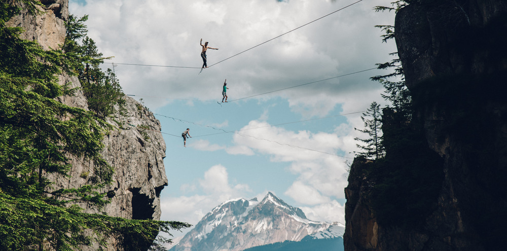 pictureof highlining