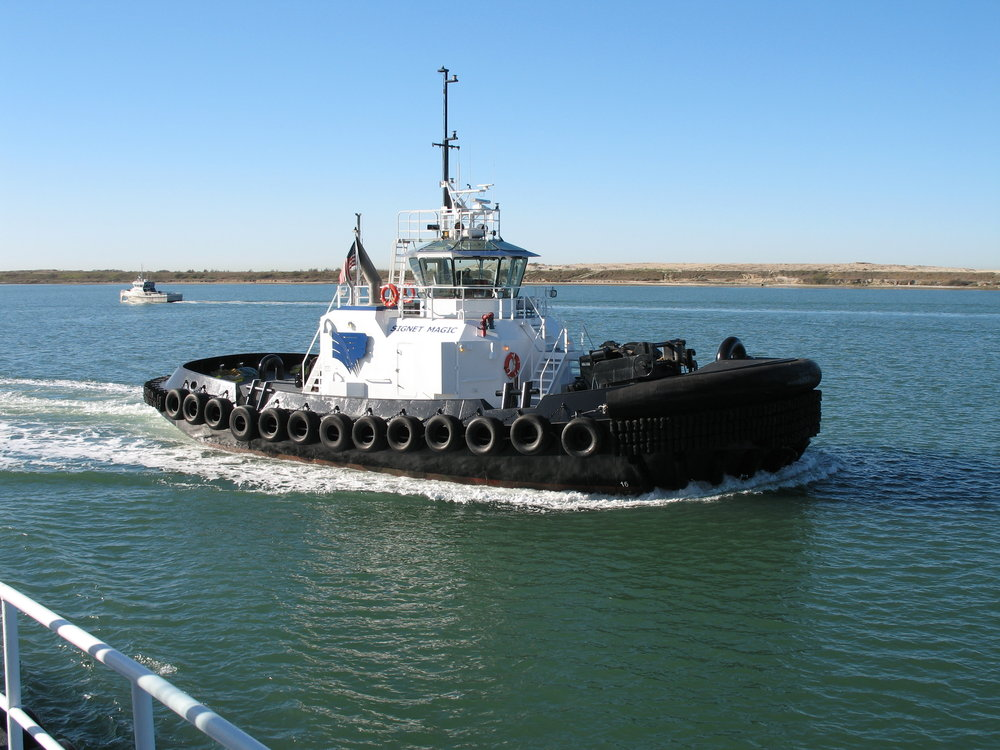 Report specifies tugboat contribution to the economy.