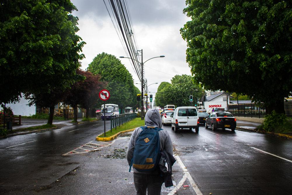 Felipe empezó a asistir la Universidad Autónoma cuando tenía 23 años. Está estudiando psicología.