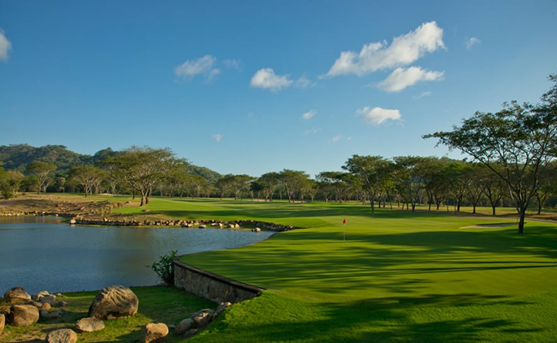 mukul-guacalito-golf-hole-9