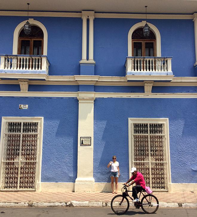 Nicaragua_Mukul_Girls_Getaway_Grenada_Colorful_Colonial_Buildings.jpg