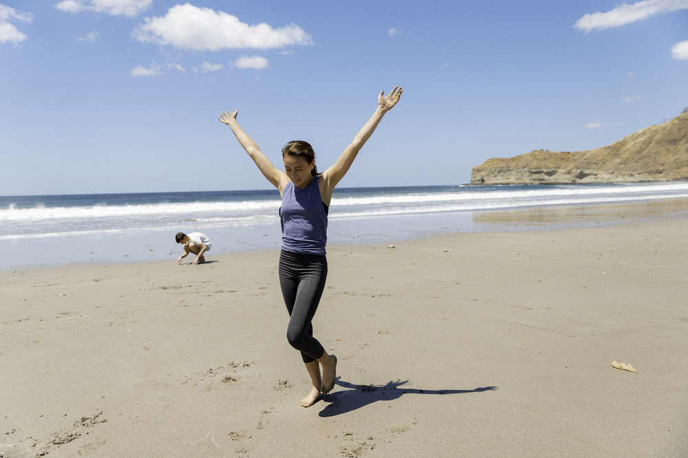 Kids Beach Yoga-27.jpg
