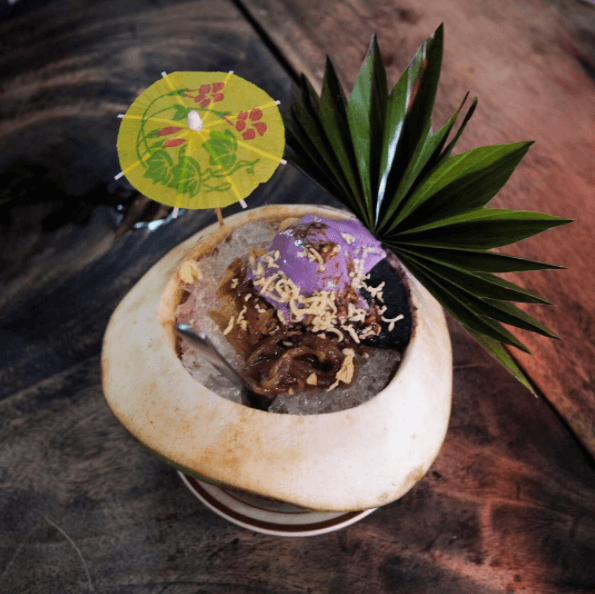 HALO-HALO DE ILOKO   Photo by @  aubasbas