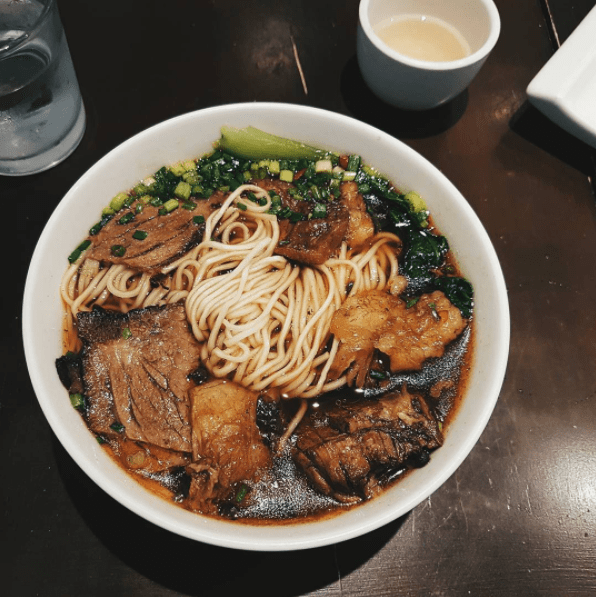 MIEN SAN NOODLE HOUSE   Photo by @  clairechingkoe