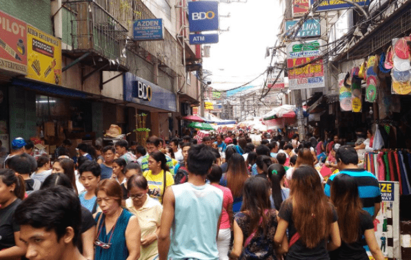 DIVISORIA & 168 MALL  Photo by @ celtics_lair