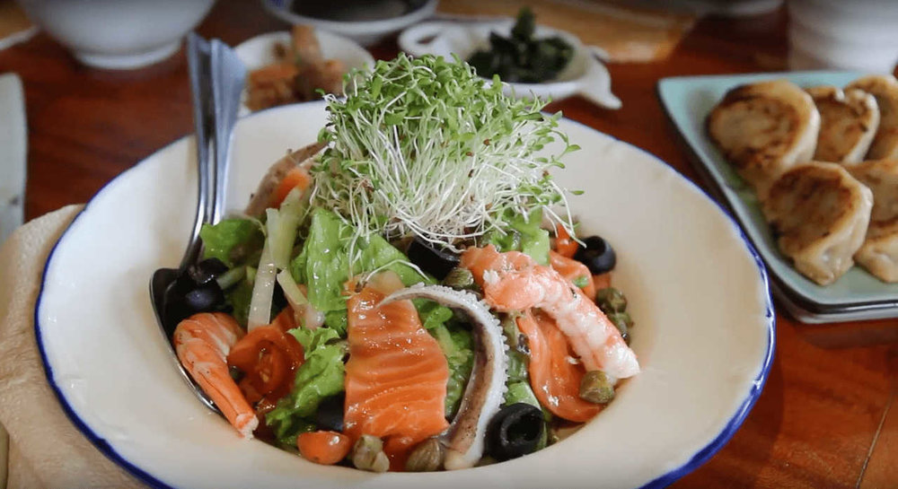 Where to eat in Baguio - Chaya Baguio (salmon seafood salad)