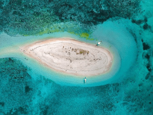 NAKED ISLAND   Photo by @ charm_carreon
