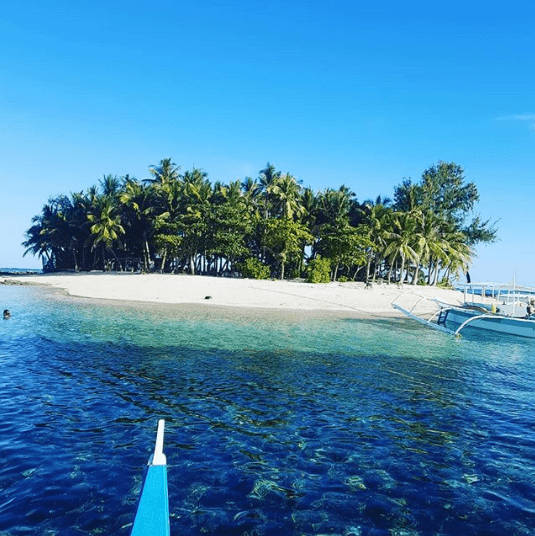 GUYAM ISLAND   Photo by @   barfliss