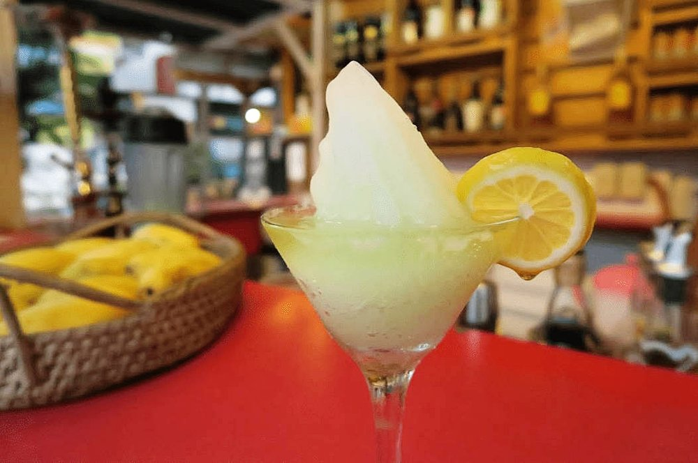 What to eat in La Union - Magellan's (Frozen margarita)