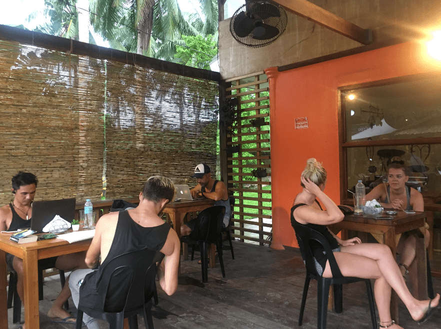 Siargao Cafes - Lunares Cafe
