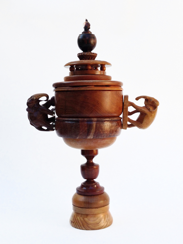 2. Souvenir Trophy.jpg