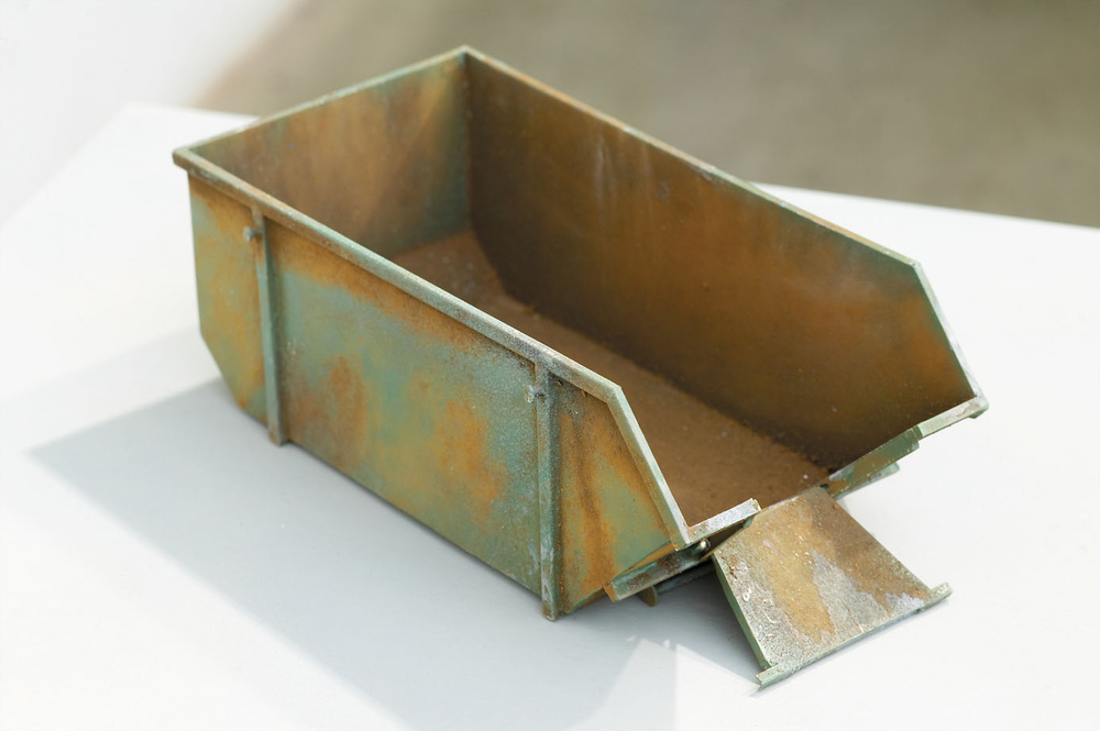 GREEN SKIP Enamel on Steel, Brass & Plywood 111 x 66 x 54 cm