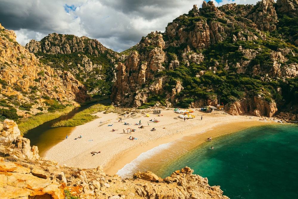 Li Cossi beach.