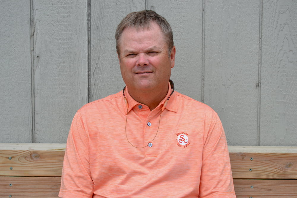 DARRYL SPRINKLE, SALES & MARKETING   DARRYL OVERSEES BUSINESS DEVELOPMENT AND QUALITY CONTROL FOR SANDLAPPER AND HAS BEEN IN THE INDUSTRY FOR 30 YEARS.  HE HAS BEEN MARRIED TO HIS WIFE, PAM FOR 29 YEARS AND HAS A SON IN COLLEGE AND A DAUGHTER IN HIGH SCHOOL.  DARRYL IS AN AVID GOLFER AND ENJOYS TROUT FISHING AND CLEMSON SPORTS.
