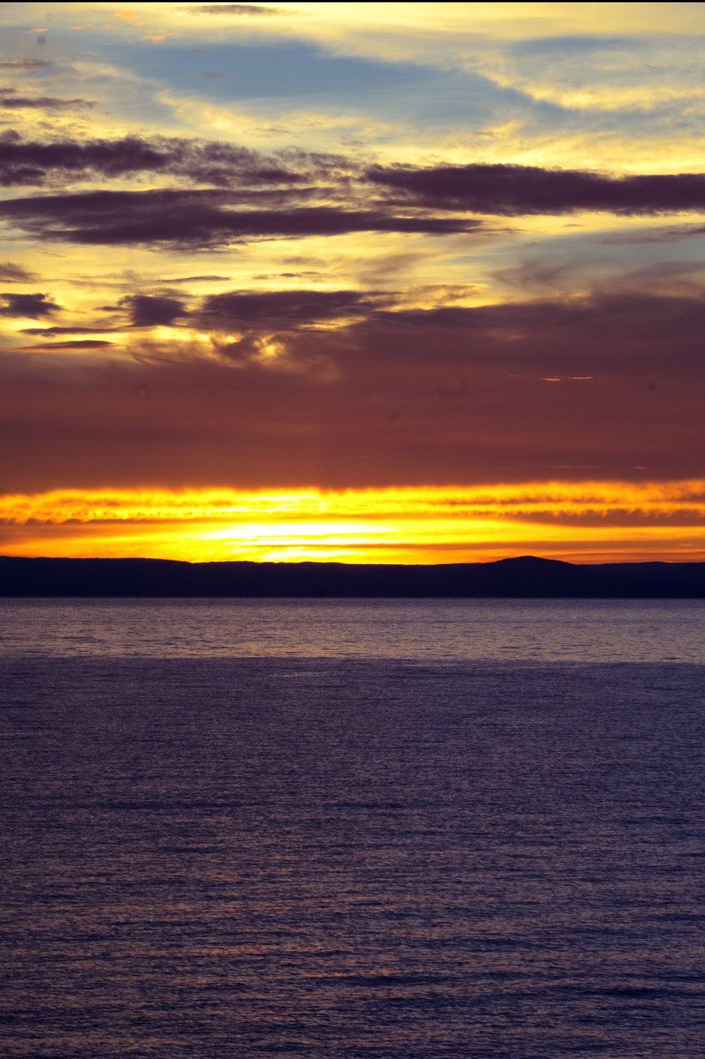 Mahale sunset 3.jpg