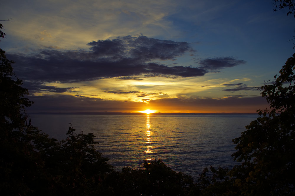 Mahale sunset to DRC copy.jpg