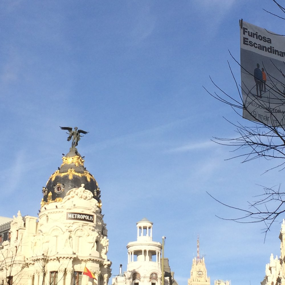 A shot of the famous Metropolis building on Calle Alcala.