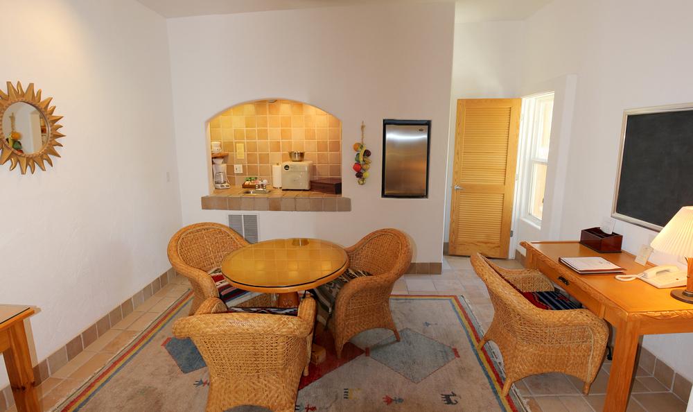 37-diningroom.jpg