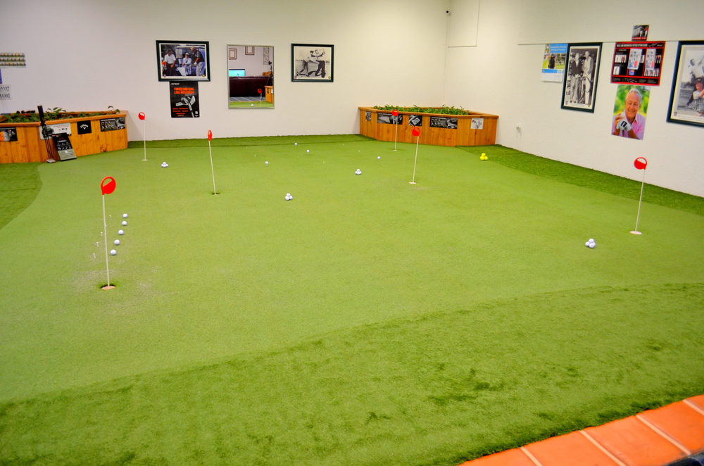 Indoor Golf 1.JPG