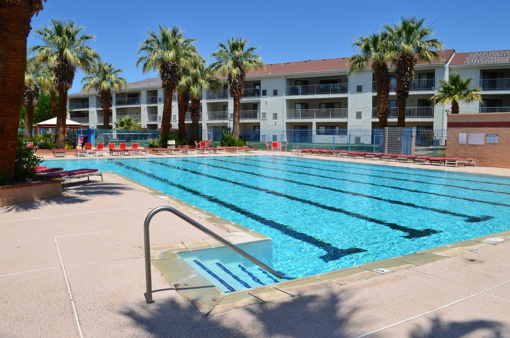 Pool Center 3.JPG