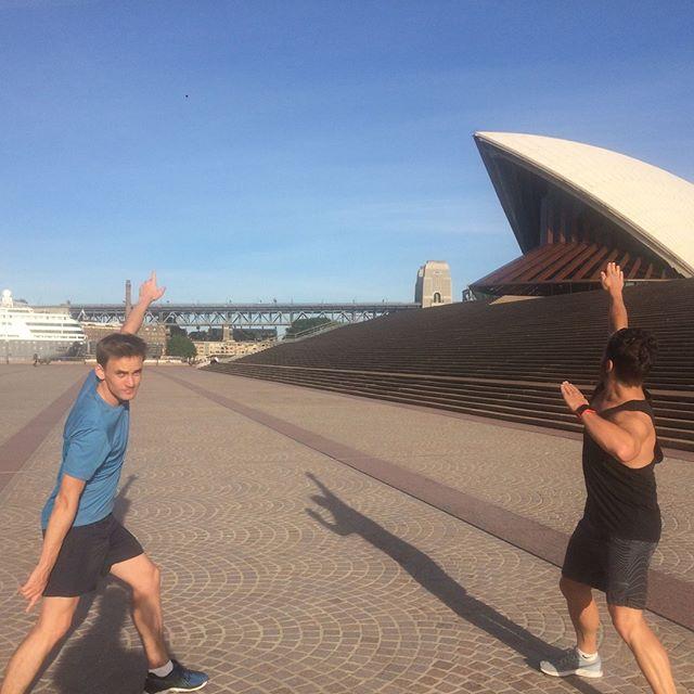 Our tour guides showing us that they can do more than just run. • • • • • #running #run #runner #marathon #runners #runhappy #marathontraining #instarunners #instarun #halfmarathon #sydney #australia #trailrunning #instarunner #runnerscommunity #trailrun #happyrunner #runtoinspire #runchat #runitfast #ilovesydney #time2run #correr #furtherfasterstronger #sydneylocal #seenonmyrun #trailrunner #travelling #sydneyeats #sydneyinstarunners
