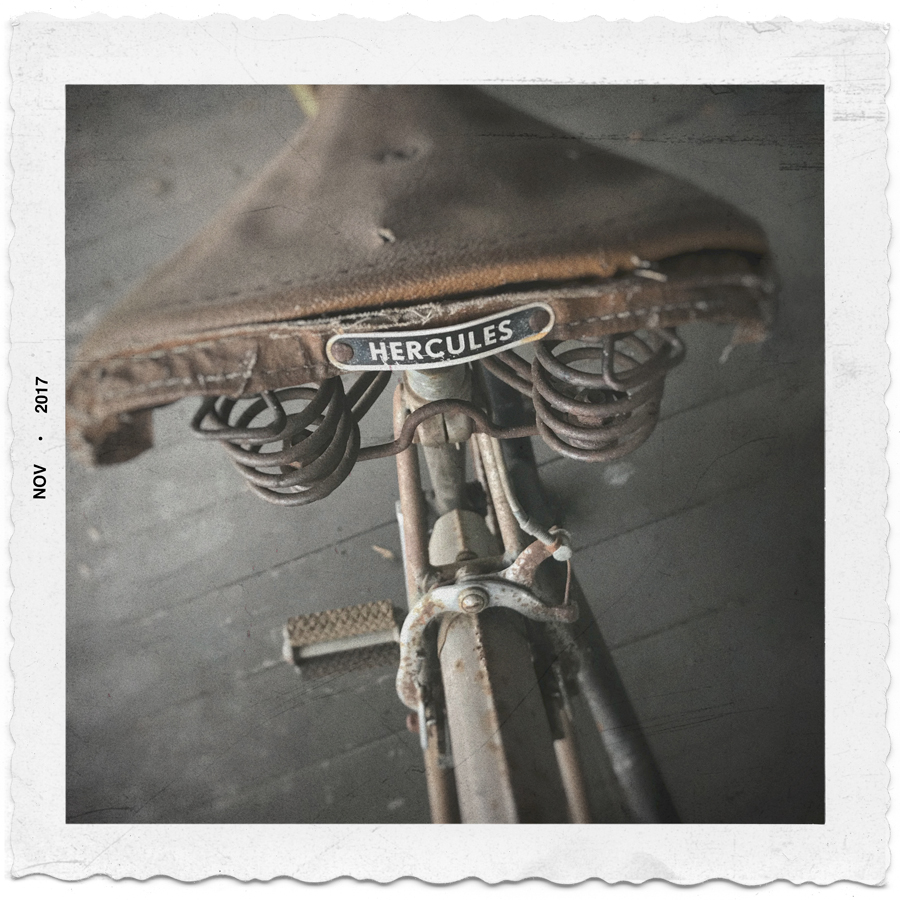 vintage Hercules Tourist bicycle   (  from England  ) ~ in the Adirondack PARK (embiggenable) • µ4/3