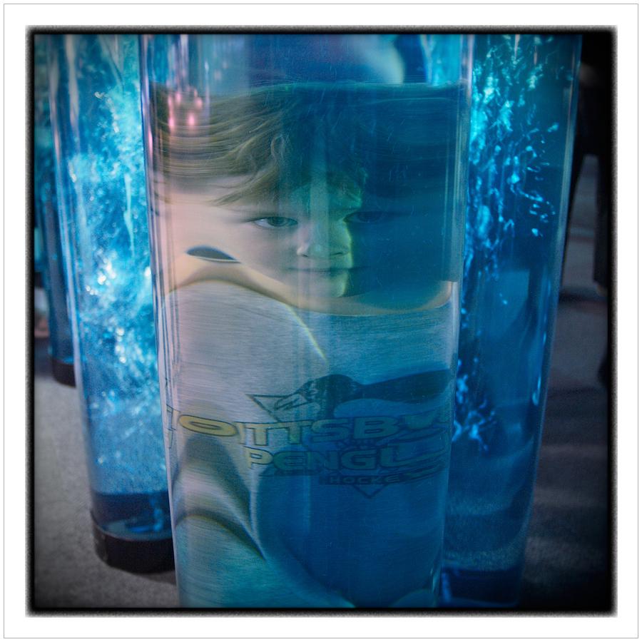 Hugo   ?   Nat'l Aquarium   ~ Baltimore, MD. (embiggenable) • µ4/3 - from WORK/ Water